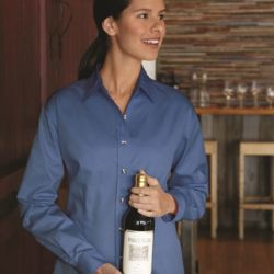 Women's Long Sleeve Stain-Resistant Tapered Twill Shirt Thumbnail