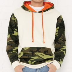 Fashion Camo Hooded Sweatshirt Thumbnail
