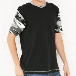 Fashion Camo T-Shirt Thumbnail